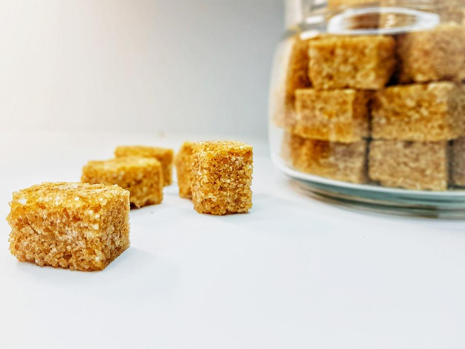 A cukorféléket különböző természetes édesítőszerekkel pótolhatjuk