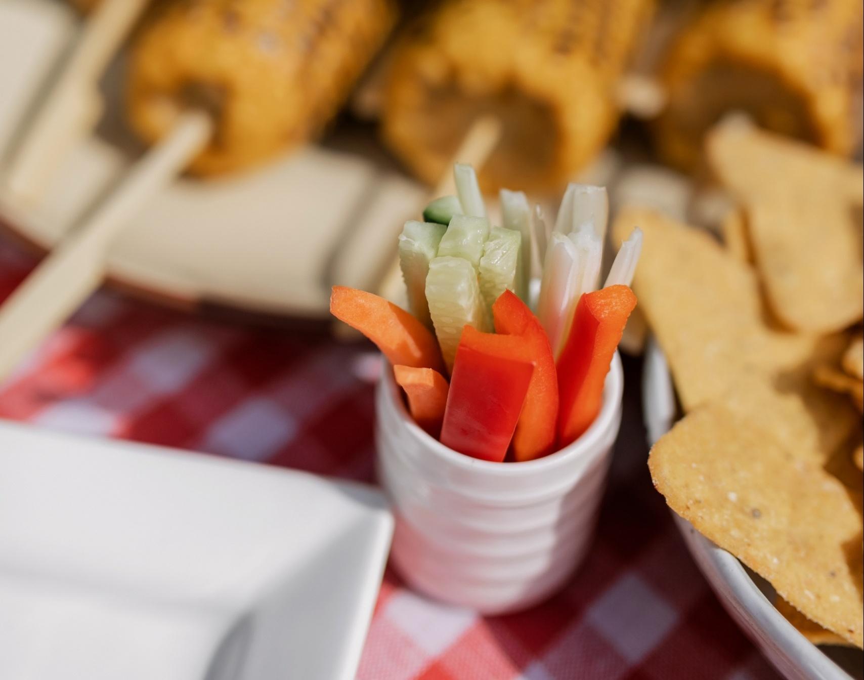Zöldségek joghurttal vagy kefirrel